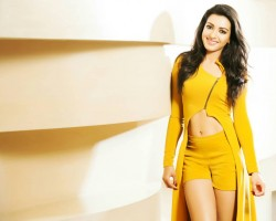 South Indian Actress Catherine Tresa's Alexander Latest Photoshoot Pics.