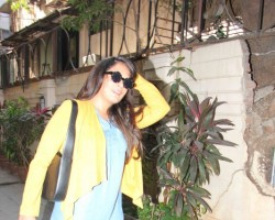 Bollywood actress Richa Chadda spotted at Bandra in Mumbai on March 22, 2017.