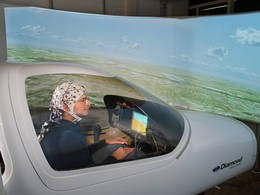 Simulating brain controlled flying at the Institute for Flight System Dynamics (A. Heddergott/TU München).