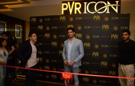 actor-sidharth-malhotra-inaugurates-new-pvr-icon-pavilion-mall-pune