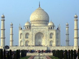 We bring you pictures of some Best places to visit in India during this Tourism day 2015.