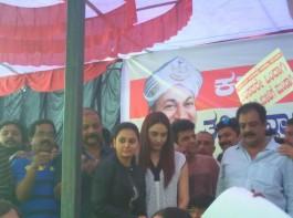 Cauvery water war: Puneeth Rajkumar, Darshan, Jaggesh support Karnataka Bandh.