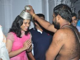 Check out the photos of Badminton Player Saina Nehwal visits Film Nagar Temple in Hyderabad.