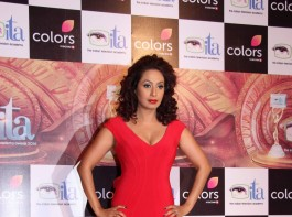 Actress Kashmira Shah during the 16th Indian Television Academy (ITA) Awards 2016 in Mumbai on Nov 13, 2016.