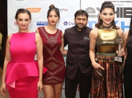 Actresses Evelyn Sharma and Urvashi Rautela during Exhibit Tech Awards in Gurgaon on Dec 21, 2016.