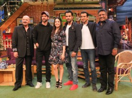 Bollywood actor Hrithik Roshan and actress Yami Gautam promote Kaabil on the sets of The Kapil Sharma Show in Mumbai on January 29, 2017.