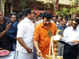 Mammootty - Shyamdhar  movie  starts rolling from today. Aasha Shararth and Deepthi Sati are heroines in this untitled movie.