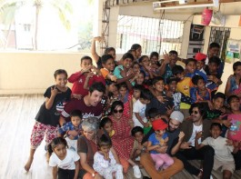 The cast of the most awaited sequel of 2017, Fukrey Returns came together for an event of an NGO - Dhai Akshar in Mumbai which works for unprivileged children. Ali Fazal who happens to be a board member of Dhai Akshar with Director Amol Gupte came in with his cast of Fukrey in support including Richa Chadha along with Manjot Singh and Varun Sharma were present at the event having some fun interactions and special activities for the kids between the age of 9 and 15. Dhai Akshar as an NGO not only educates the children but also gives them an exposure in extra curricular activities and aims to train them in performing arts.