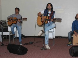 Jubin Nautiyal performance of his latest single song Haaye Dil.