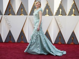 Cate Blanchett's power blue Armani Prive dress at the 88th Academy Awards is one of her best red carpet looks.
