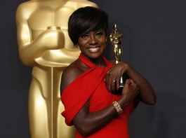 """Actress Viola Davis poses with her Oscar for Best Supporting Actress for the film """"Fences"""