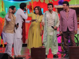 Bollywood singers Sonu Nigam, Sukhwinder Singh and filmmaker Farah Khan on the sets of singing reality show Indian Idol season 9 in Mumbai on March 7, 2017. The episode with Sukhwinder Singh will air on Sunday, 12th March, 8:00PM on Sony Entertainment Television.