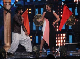 Bollywood filmmaker Farah Khan, actor Sonakshi Sinha, music composer Anu Malik, singers Sonu Nigam and Vishal Dadlani on the sets of Indian Idol season 9 during the promotion of film Noor in Mumbai, India on March 14, 2017.