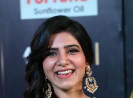 South Indian actress Samantha spotted at IIFA Utsavam Awards 2017 Green Carpet.
