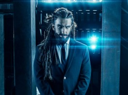 Bollywood actor Ranveer Singh channels inner Aquaman Jason Momoa; check out his new transformation look.