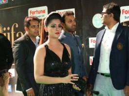South Indian actress Varalaxmi Sarathkumar spotted at IIFA Utsavam Awards 2017 Green Carpet.