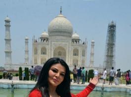 Bollywood Actress Rakhi Sawant visits Taj Mahal in Agra on May 13, 2017.