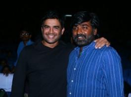 Vijay Sethupathi and Madhavan at Vikram Vedha Press Meet.