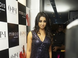 South Indian actress Sanjjanaa Galrani‏ at Mirrors Luxury Salon.