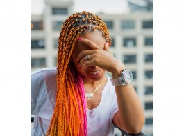 Singer Alicia Keys introduced her new look for the summer — complete with bright orange and pink braids. The 36-year-old took to Instagram on Friday to share the look, reports people.com. Keys looked flawless as she wore a wide smile while wearing a white T-shirt and bright red pants.