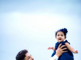 Telugu star Allu Arjun on Monday shared a picture with his daughter Arha, whom he described as the angel of his life, on Twitter and within minutes, the picture went viral with over thousand retweets.