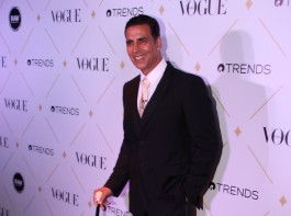 Akshay Kumar spotted at Vogue Beauty Awards 2017.