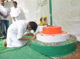 Actor Pawan Kalyan celebrates Independence day at Jana Sena Office.