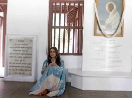 Huma Qureshi visits Sabarmati Ashram to promote her upcoming film