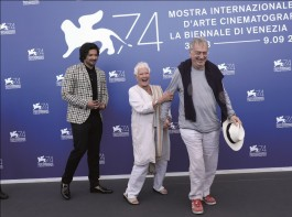 Ali Fazal is currently on a massive leg of worldwide promotions for his debut as a lead in a Hollywood film, Victoria and Abdul which made its first stop at the Venice International Film Festival. Ranked as one of the top three film festivals in the world, the Bollywood star was seen posing with gleaming smiles with his co-star Dame Judi Dench and Academy Nominated director Stephen Frears as they posed for the shutterbugs for the official photocall and soon attended the press conference of the film.