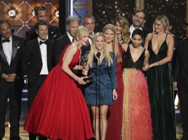 """Nicole Kidman and Reese Witherspoon with the cast accept the award for Outstanding Limited Series to """"Big Little Lies""""."""