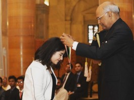On the account of Children's day, Zaira Wasim was presented The National Film Award for Secret Superstar as 'Best Child Artist'. The President of India, Shri Ram Nath Kovind presented the award to Zaira last evening in New Delhi. The film that has minted 62 Cr in India and  6.5mn USD overseas. Not only commercial success but also Secret Superstar garnering performance appraisal from across quarters.