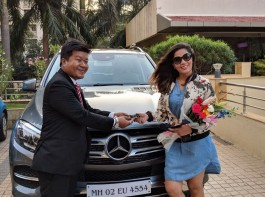 The actress recently celebrated the special moment by gifting herself a brand new car. Taking it on social media Richa Chadha, posted a picture of her new luxurious silver beauty which is a Mercedes Benz GLE. It also is an early gift Richa has gifted herself a few days ahead of her birthday.