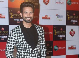 Shahid Kapoor attends Zee Cine Awards 2018 held at MMRDA Grounds in Mumbai on December 19, 2017.