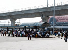 The strike was called after the unions and Transport Minister M.R. Vijayabaskar failed to reach a settlement despite several rounds of talks over pending salaries and settlement of benefits to retired staff.