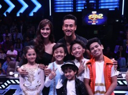 Tiger Shroff and Disha Patani with the contestants on Super Dancer Chapter 2.