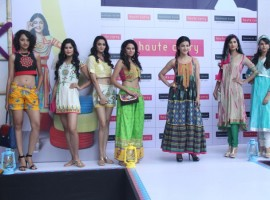 Shruti Hassan joins fashion show showcasing of Haute Curry at Shopper Stop