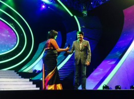 Mammooty accepts his award for Best Actor (Male|Malayalam) for Varsham