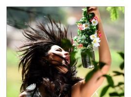 Ajith Kumar turned Photographers for Shruti Haasan