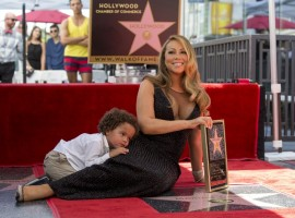 Iconic musician Mariah Carey has become the latest star to appear on Hollywood's Walk of Fame.