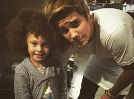 Cute Justin Bieber pictures with children. Little Bieber fans.