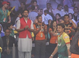 Bollywood Actor Abhishek Bachchan spotted at Pro Kabaddi League 2015 Semi Final Match.