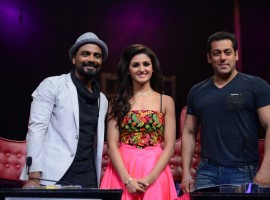 Bollywood Actor Salman Khan on Dance Plus to Promote Hero movie With Sooraj and Athiya Shetty.