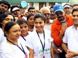 'Premam' fame Sai Pallavi and cricketer Sreesanth took part in the walkathon programme at Durbar Hall ground in Kochi on 6 September.