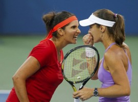 Sania Mirza and Martina Hingis Reach US Open 2015 Final