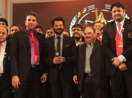 3rd India Bullion, Jewellers Awards 2015 and The IBJA Fashion Show. Celebrity show stoppers like Raveena Tandon, Sunny Leone and Anil Kapoor walked the ramp.