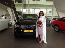 Joining the league of many Mollywood celebrities, actress Shamna Kasim has now become the proud owner of Audi Q5. The news came to light after the photo of the actress infront of her new vehicle was posted on the Facebook page of Audi Kochi.