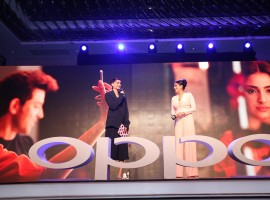 Oppo F1s is all set to launch in India later today. The company is hosting a lavish event at J.W Marriott Sahar, Mumbai. The company's brand celebrity-- Hrithik Roshan and Sonam Kapoor – are expected to attend the event to promote the new selfie-centric smartphone.
