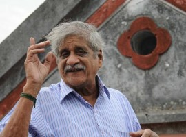Actor and playwright 'Vietnam Veedu' Sundaram passes away on Saturday morning. Writer, Director, Actor Vietnam Veedu Sundaram is one of the best artist in Tamizh Cinema.