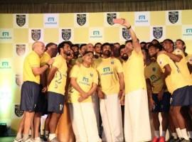 Sachin Tendulkar, Chiranjeevi, Nagarjuna, Nivin Pauly unveil Kerala Blasters team.