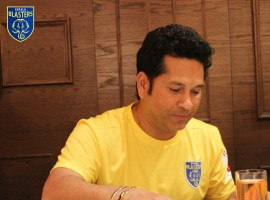 Former Indian opener Sachin Tendulkar celebrates Onam festival with Kerala Blasters team.